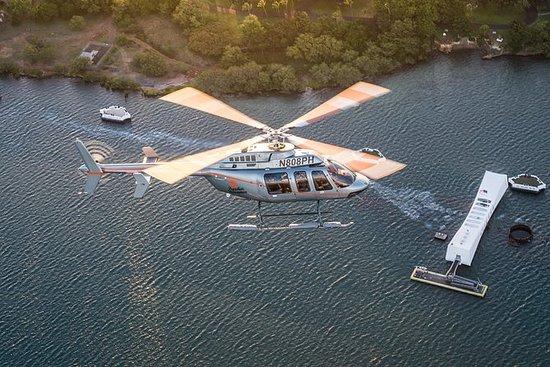 Recorrido en helicóptero por la isla...