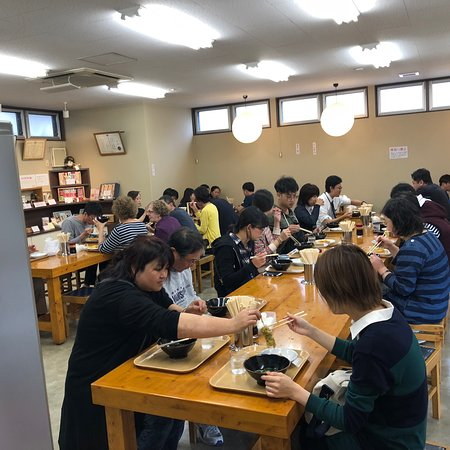 Ueharayahonten: Great udon and soba!