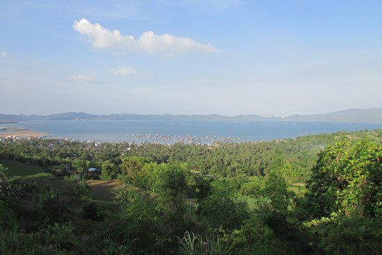 Song Cau Town, Vietnam: Spectacular view towards to Xuan Dai Bay