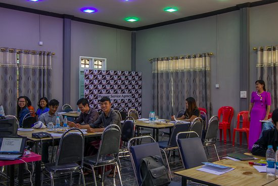 Loikaw, Myanmar: Voor zakelijke reizigers is een meeting room beschikbaar.