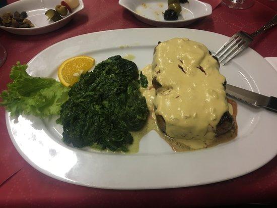 Las Tapas: filetto in salsa senape con spinaci