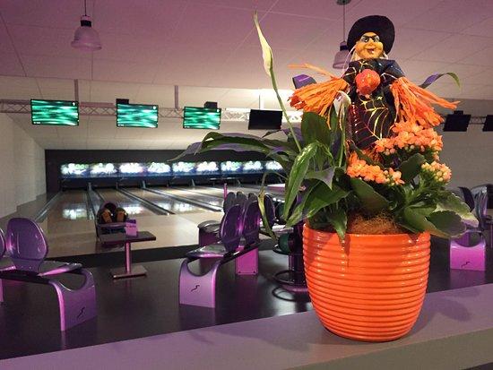Bowling et Laser Game Restaurant La Comete