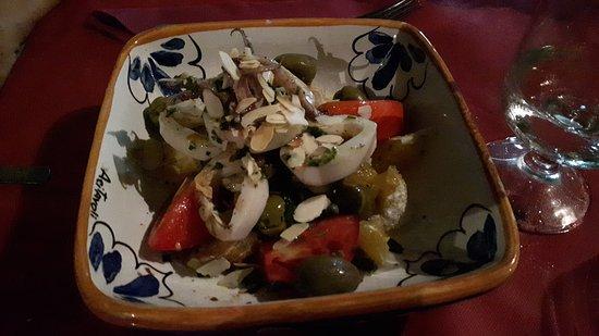 Ristorante L'Approdo: insalata arancia e calamari