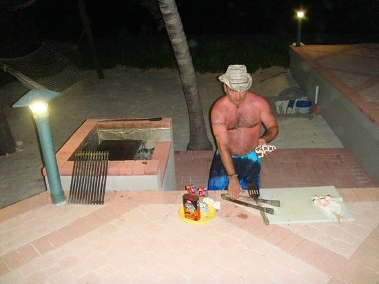 Rum Point, Grand Cayman: BBQ
