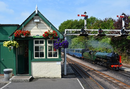 New Romney, UK: Northern Chief arrives at Hythe Station