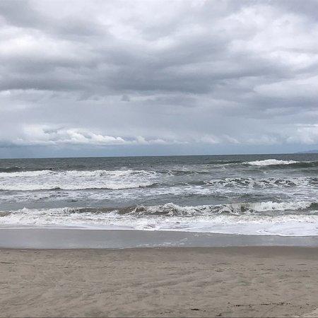 Praia boa para caminhada e mergulho
