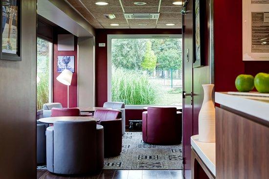 Hotel Campanile Creteil - Bonneuil Sur Marne: Espace commun