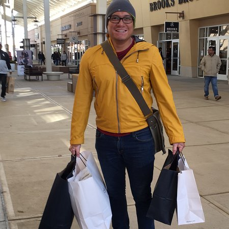 Chicago Premium Outlets: photo0.jpg