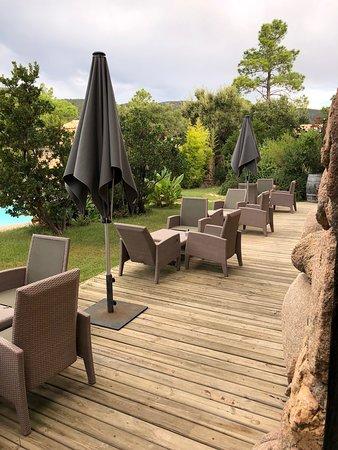 Terrasse extérieure - Picture of Hotel Ambassador ...