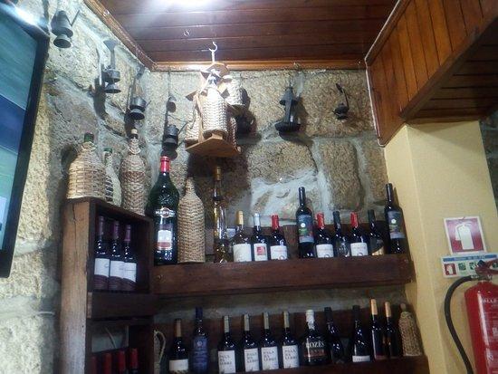 Carrazeda de Ansiaes, Portugal: Uma das garrafeiras.