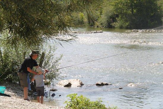 Mirabel-et-Blacons, Francia: Bord de rivière
