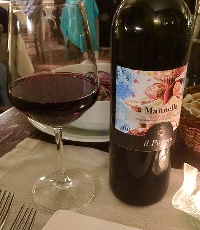 """Celle sul Rigo, Italien: Vino Rosso Orcia DOC biologico, di produzione dell' Azienda Agricola """"il Poggio"""""""