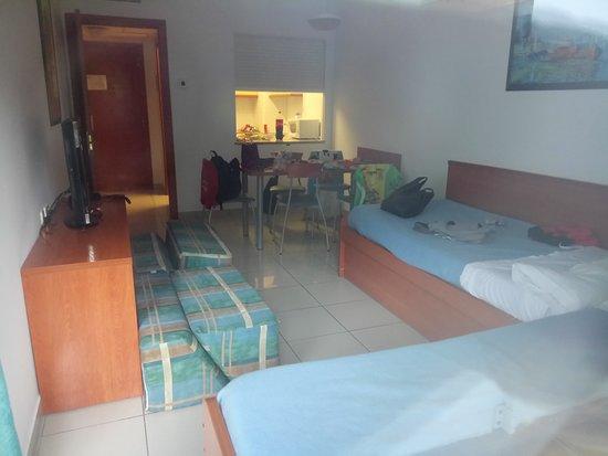 Aparthotel Costa Encantada: apartment view