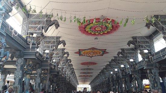 Dwaraka Tirumala Temple 사진