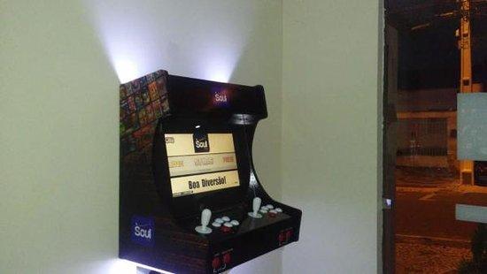 Senhor Do Bonfim, BA: Videogame com 4000 jogos!