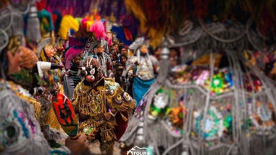 Quetzaltenango, Guatemala: Toritos dance