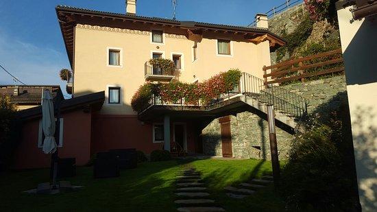 Chambave, Italy: 20181019_091224_large.jpg