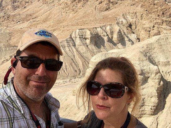 Kalia, Palästinensische Autonomiegebiete: Caves behind us