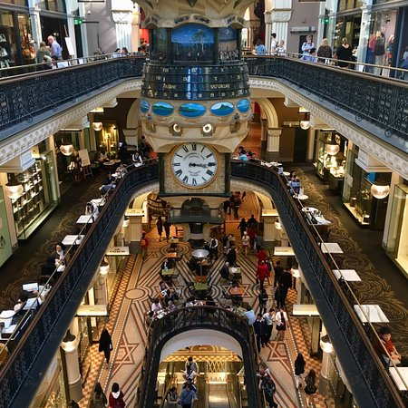 Beautiful building, Expensive shops
