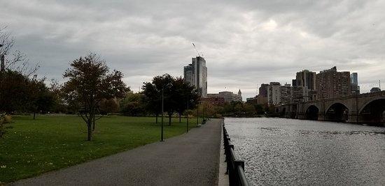 Charles River: 20181020_073156_large.jpg