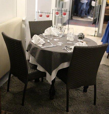 Le Bourgogne: Exemple de table du restaurant