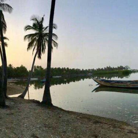 Chambres d'hotes Et Tables d'hotes: Petite balade sur l île de Niodior avec Karim
