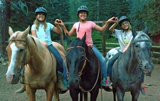Halfway, Oregón: Girl's Wilderness Horse Camp