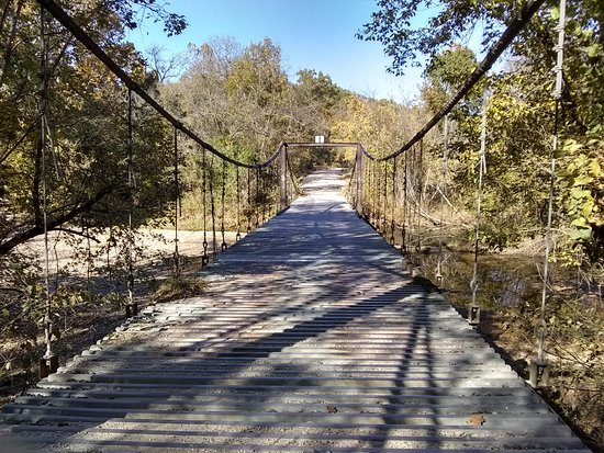Swinging Bridge: One of the two bridges over Grand Auglaize Creek