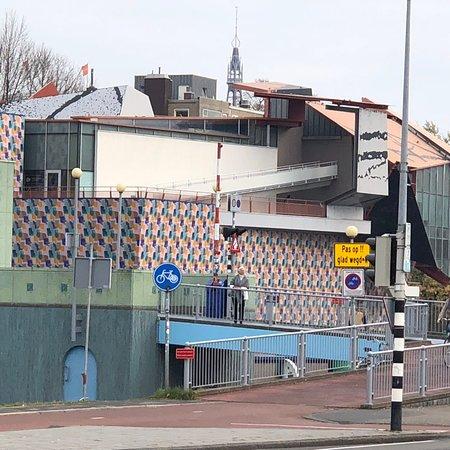 Groninger Museum: photo2.jpg
