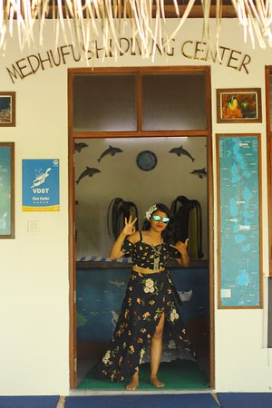 Medhufushi Island Resort: Diving Center