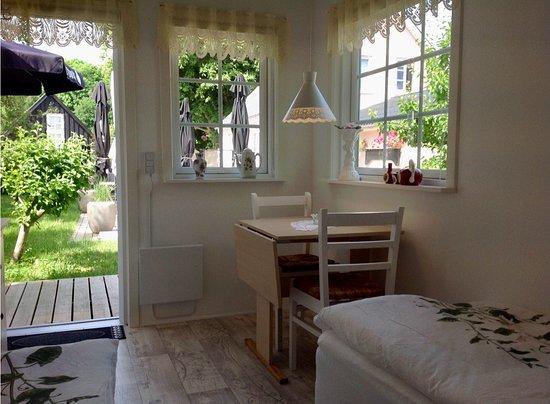 Anholt, Danmark: Udlejnings værelse