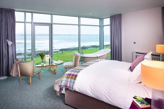 Спэниш-Пойнт, Ирландия: Tranquility suite at Armada Hotel, Co Clare , Ireland