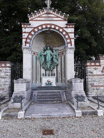 Cimitero di Santa Maria del Monte