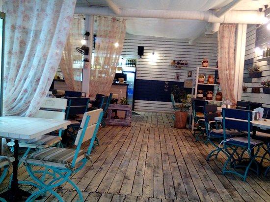 Tvoya Veranda. Fish and Wine: Интерьер