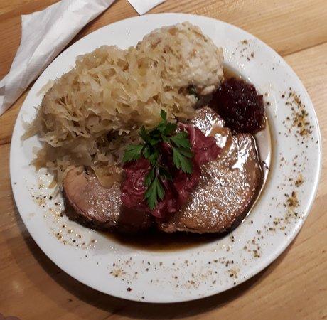 Prebl, Áustria: Schweinebraten 10,50 €