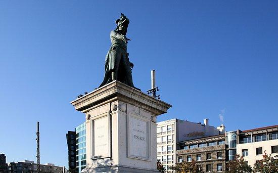 Monument au General Desaix