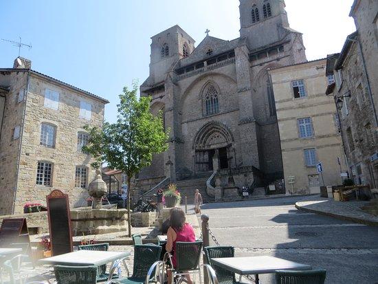 La Chaise-Dieu, Frankreich: plein voor de abdij