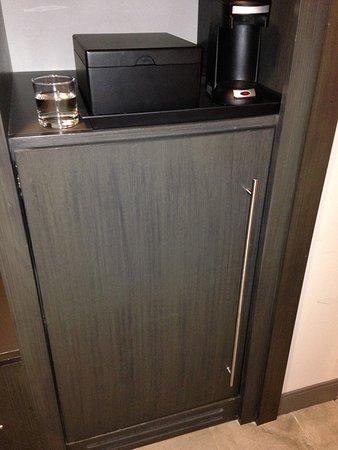 Hebron, KY: mini refrigerator was nice