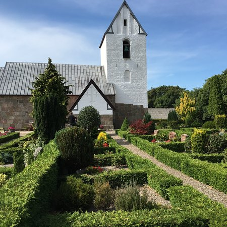 Norre Omme Kirke