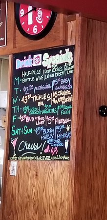 Eddie's Place Restaurant: Specials