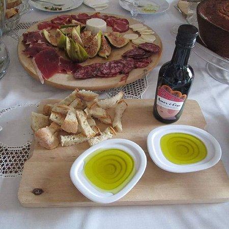 Azaruja, Португалия: Degustação de produtos regionais