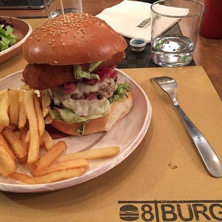 8/Burger e la ragazza dark droide