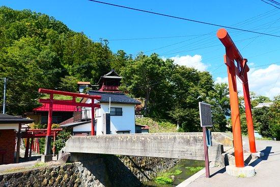長野市, 長野県, 下から見た風景。こんな素敵な神社、素通り出来ないでしょ!!