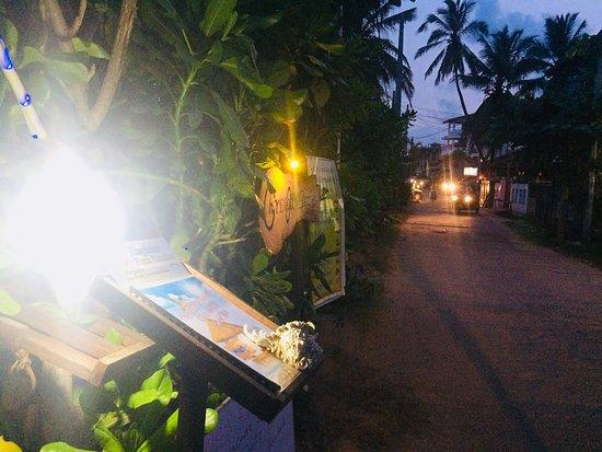 Chris and Olli Beach Hut: Street