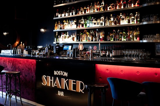 Boston Shaker Bar