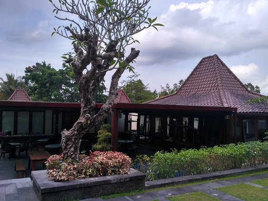 Turi, Indonesia: The pendopo for group or family activities