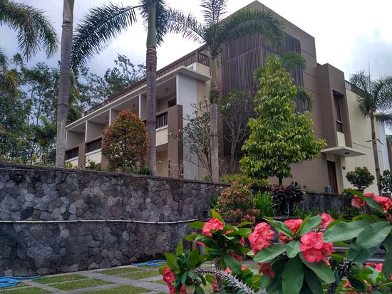 Turi, Indonesia: The flat room for the guest