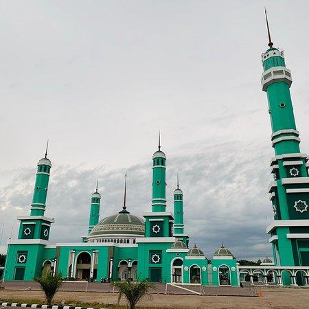Masjid Agung Baitul Hikmah