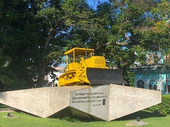 Tren Blindado: Le bulldozer d'aujourd'hui