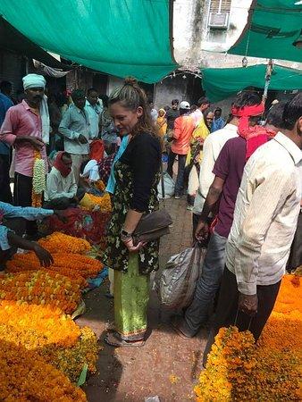 Varanasi District, Indien: FLOWER MARKET